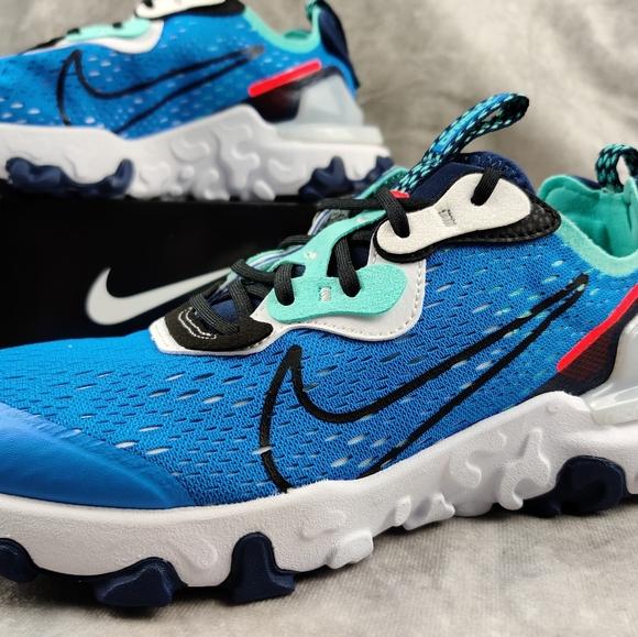 6Y 7.5W Nike React Vision